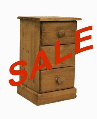 Narrow 3 drawer bedside cabinet