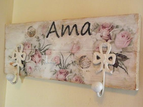 Un perchero para ama shabby chic style and decoupage - Cuadros shabby chic ...