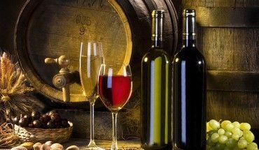 enjoy-a-glass-of-wine-370x215-wallpaper.jpg (370×215)
