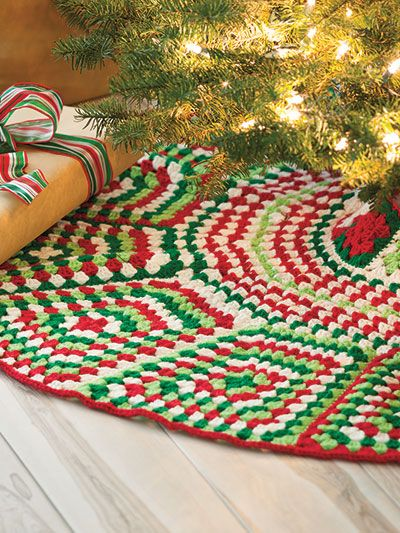 Free Crochet Granny Square Christmas Tree Pattern : Christmas trees, Christmas tree skirts and Skirts on Pinterest
