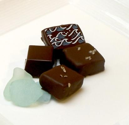 Mix Mediterraneo, Sirenetta Seaside Chocolatier: The boxed set of artisanal chocolates includes a variety of limoncello, rosemary, fig, and basil infused candies inspired by the Mediterranean.