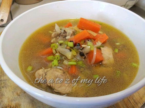 Sebelum ini, kerapkali juga saya sediakan hidangan ini. Tak sangka pula resepi sup ayam ini turut dipaparkan dalam buku Ensiklopedia Per...