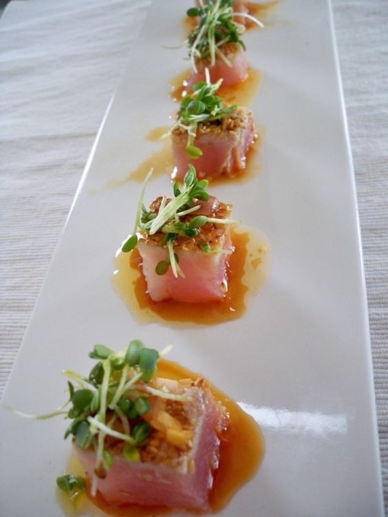 Tataky de atún con salsa de genjibre I