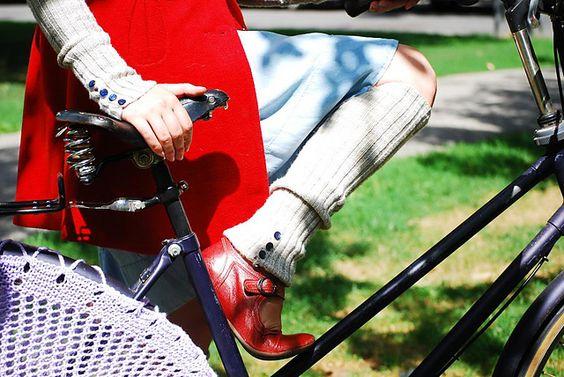 Ravelry: Pennyfarthing Legwarmers and Armwarmers pattern by Natalie Selles: Dim Knitting, Armwarmers Pattern, Make Knitting, Bike Wheels, Arm Legwarmers, Pennyfarthing Legwarmers, Knitting Cycle