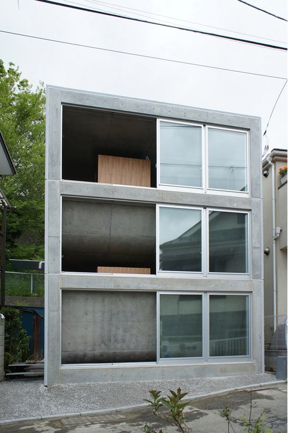House in Zushi by Takeshi Hosoka.