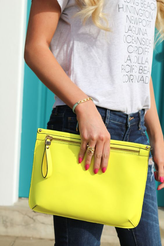 Spring and summer outfit-pop of color-clutch-A Touch of Pink-Blog