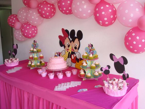 Fiesta de minnie ideas para cumple nena pinterest for Mesas cumpleanos infantiles