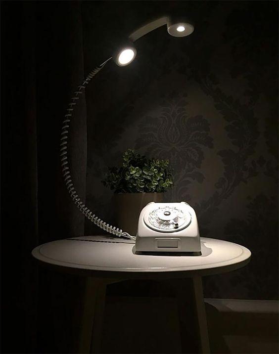 Wählscheibentelefonlampe https://www.langweiledich.net/waehlscheibentelefonlampe/