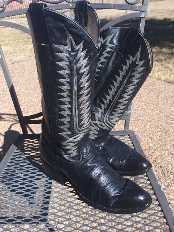 Cowboy boots Cowboys and Boots on Pinterest