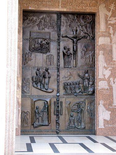 Francois Illas New Tradition: ˚Church Of The Annunciation - Nazareth, Israel