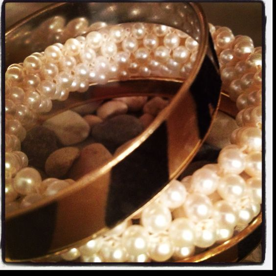 Adore pearls!!