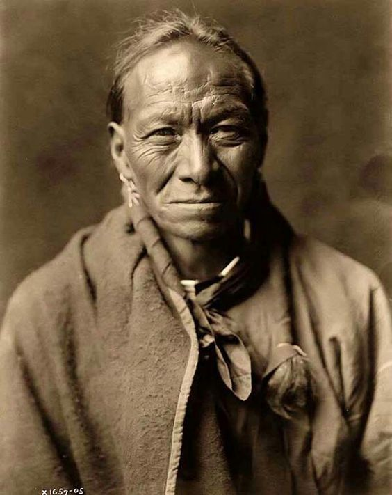 Pah Toi, a Taos Indian Man. It was taken in 1905 by Edward S. Curtis