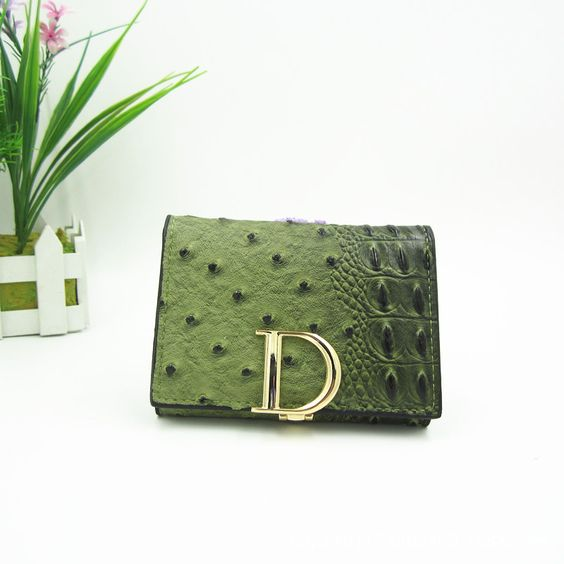 $9.36 (Buy here: http://appdeal.ru/7fv4 ) 2016 Top Designer Letter D Women Wallets Alligator Pattern Famous Brand Wallet for Women Small Ladies Purses carteira feminina for just $9.36