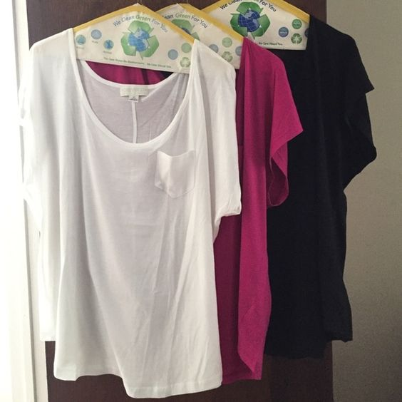 Top 3 for one they are used but in Great condition still Forever 21 Tops Tees - Short Sleeve