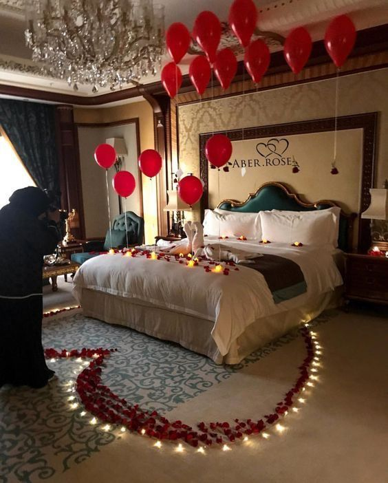 Pin By Tejas Mane On Couple Goals Romantic Room Surprise