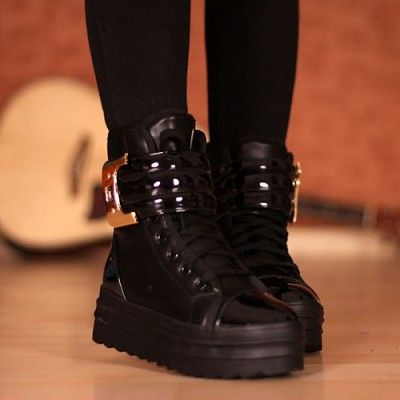 Thick Bottom Buckle Ankle Boots
