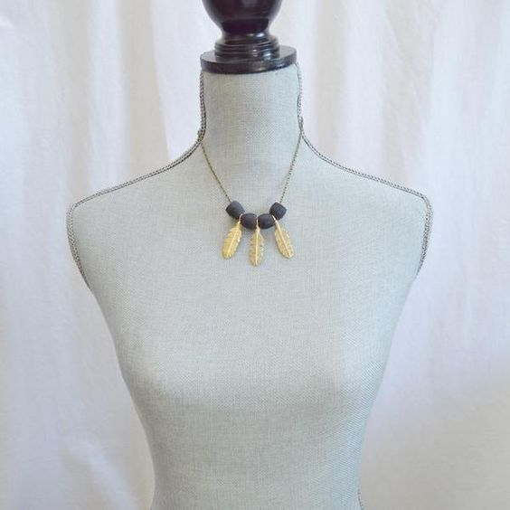 Dare to be a Free Spirit Feather Statement Necklace | Black