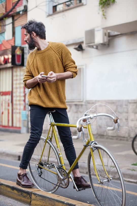Major key: Match your clothing to your mode of transport. It's such a look. #49erFashion