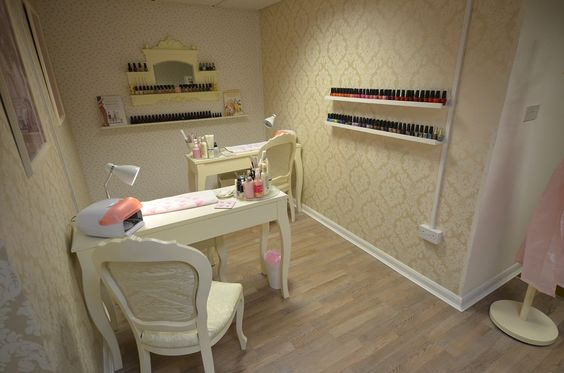 Pink Rose 'Beauty Boutique' - Nail Station
