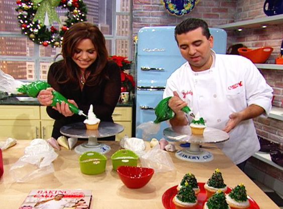 Cake Boss Decorating Buttercream : Christmas trees, Cakes and Cake boss on Pinterest