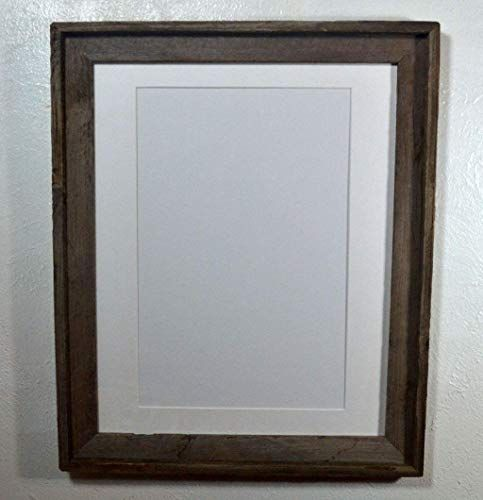 Rustic Poster Frame With White 11x17 Mat And Glass 16x20 Https Www Amazon Com Dp B0746sb2 Wood Picture Frames Wood Photo Frame Wood Picture Frames Rustic