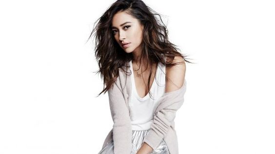 Shay Mitchell Wallpaper | HD Wallpapers