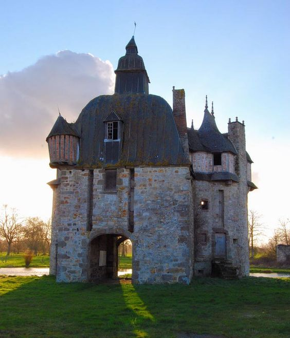 Château de la Saucerie 61700 La Haute-Chapelle, La Saucerie