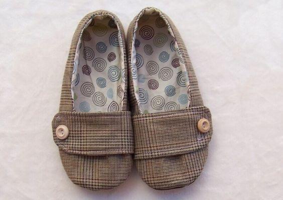 Women Shoe Sewing Pattern from www.shoeology.ets...