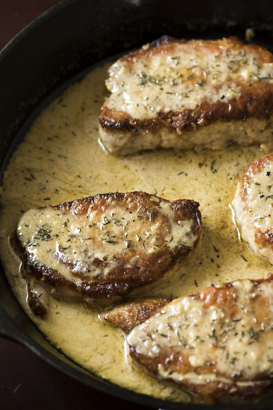 Creamy Lemon Thyme Pork Chops