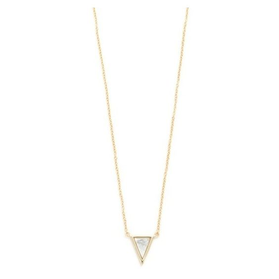 Shashi Spike Necklace (€51) ❤ liked on Polyvore featuring jewelry, necklaces, gold, triangle jewelry, 18k pendant, adjustable necklace, pendant jewelry and 18k jewelry