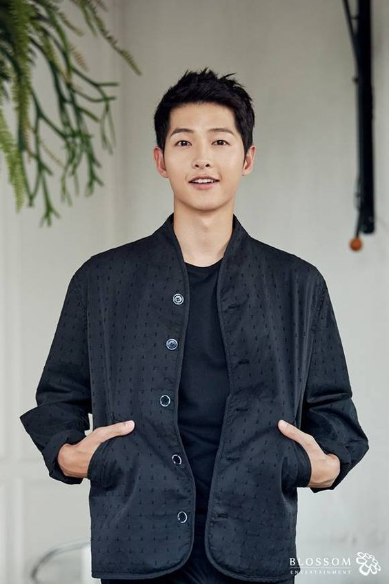"[Interview] ""The Battleship Island"" Song Joong-ki thinks hard on the next movie"