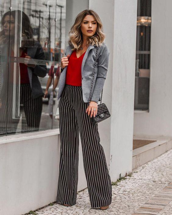 sofisticado e chique, mais um look de @anydayoficial que eu amo! combinação de vermelho, listras p&b e mescla ❤️ #simpleandchic