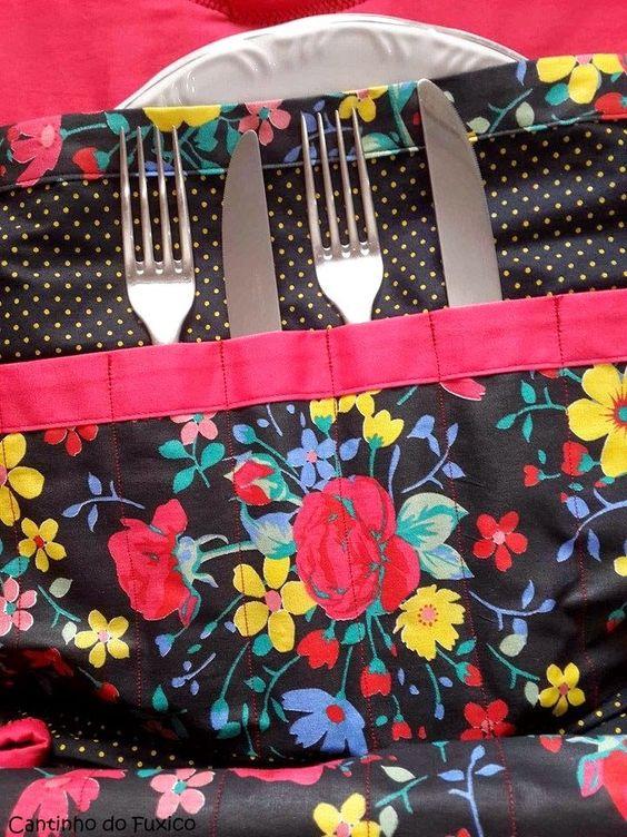 http://luluzinhaatelie.blogspot.com.br/2014/11/porta-pratos-e-talheres.html