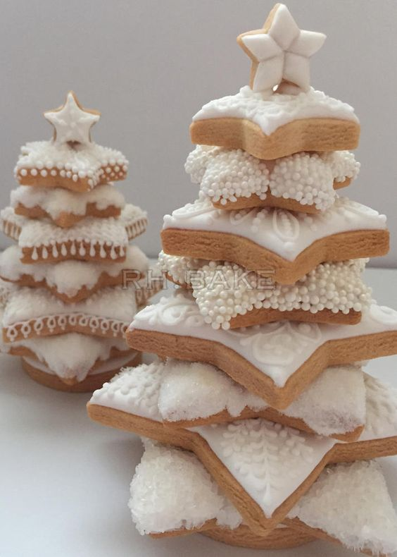 3D Stacked Stars White Christmas Tree by RH. BAKE, posted on Cookie Connection: