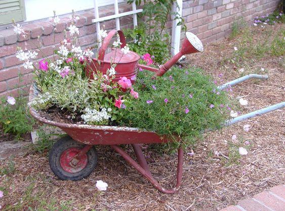 Love the wheelbarrow idea