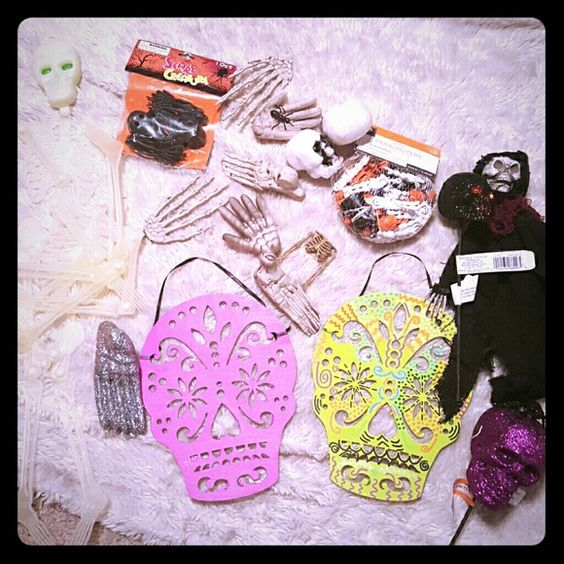Skull Halloween craft lot Styrofoam, wood, and plastic skull craft supplies I have too much so getting rid of some.  Sugar skull Diy Craft Skeleton  Glitter Accessories