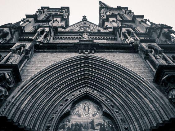 Iglesia del Sagrado corazón. Orden de los Hermanos Menores Capuchinos. Córdoba, Argentina