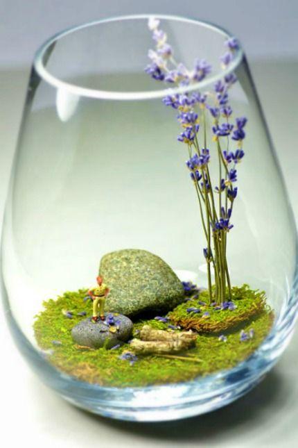 Mini Terrarium using stemless wine glasses   DIY centres de table avec de la mousse - The Wedding Tea Room