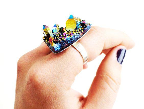 Rainbow quartz ring, SCILIA.