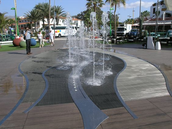 Urban Fountains Google Search Fountains Pinterest Water Features Decks And Google