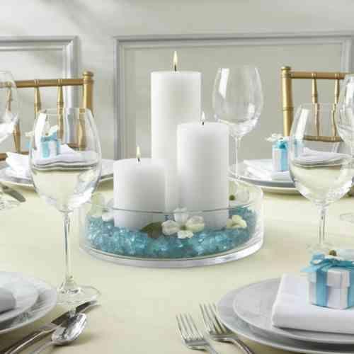 table mariage décorée en bleu et blanc
