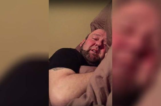Guy Thinks He Lost His Head After Dentist http://viralselect.com/guy-lost-head-after-dentist/  #AfterDentist #Dentist #Funny #ViralVideo