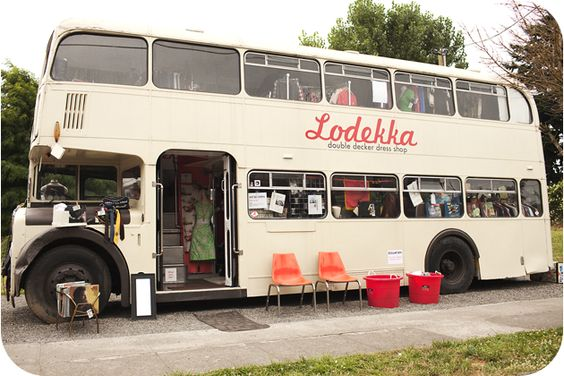omg! I have been talking about converting vehicles to stores 4 ever!  love this!