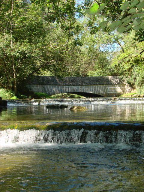 Gîte du Pont de la Roche en Bourgogne #nature, #rivière, #pêche, #Bourgogne, #maison bois, #vacation rental, #gite www.pont-roche.com
