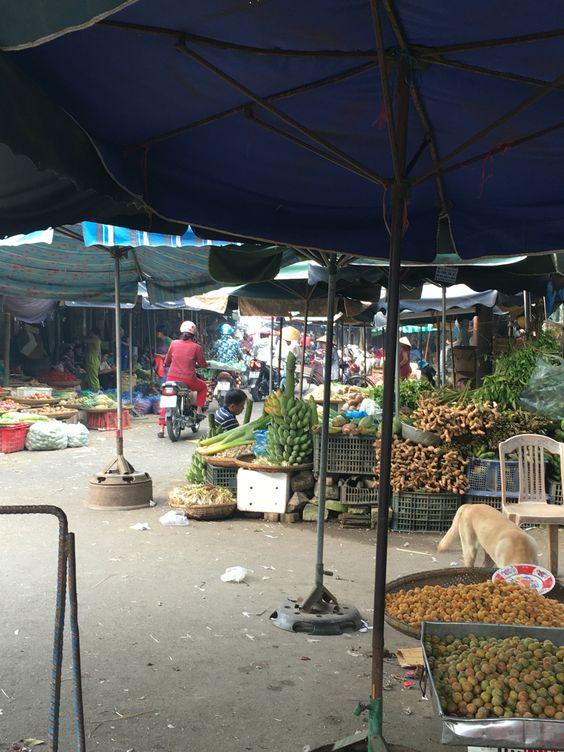 Markets, Hue