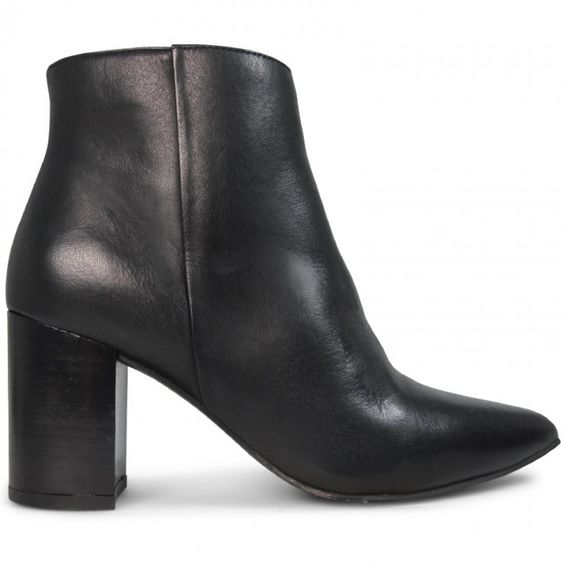 Flawless Casual High Heels