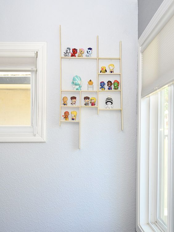see that there: A Little Shelf For Little Stuff