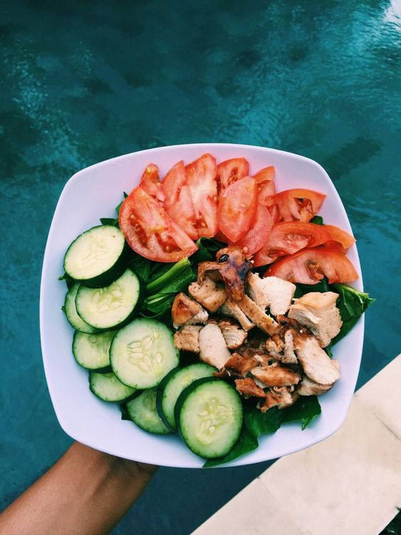 zionlifts: Lunch, simple spinach salad with... - Journey to slimthick