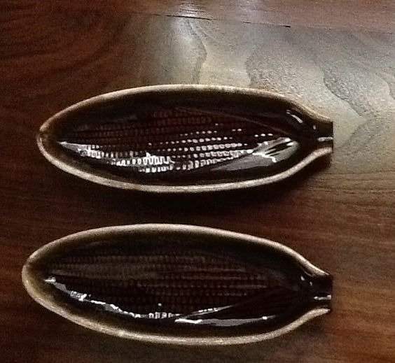 Vintage McCoy 7316 Corn Shaped Corn Holders, Brown Drip Glazed Perfect Condition, Set of 2