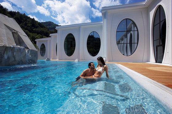 Grand Resort Bad Ragaz in Bad Ragaz (Schweiz) einfach günstiger buchen